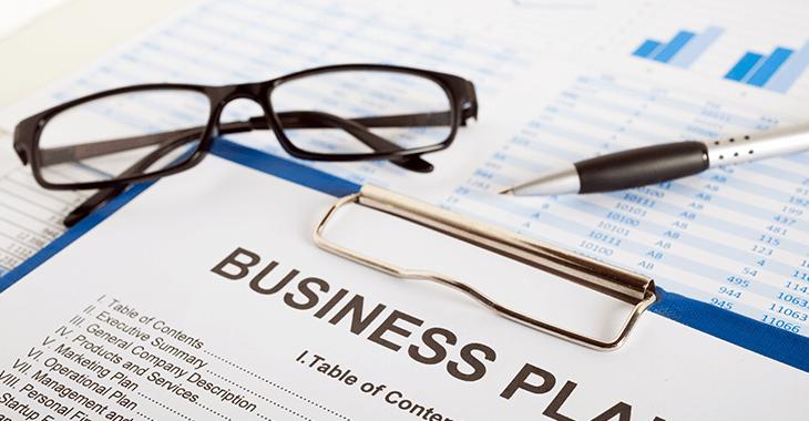眼鏡とビジネスプラン