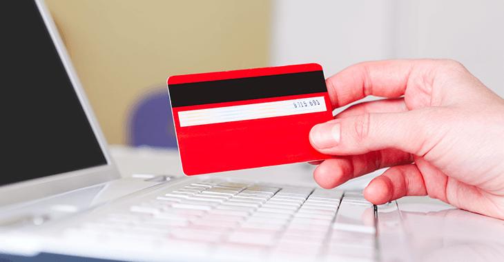 クレジットカードとノートPC