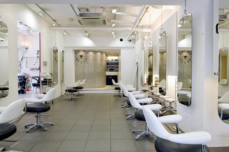【美容師の独立開業】低リスクで独立できる?フリーランス美容師の働き方